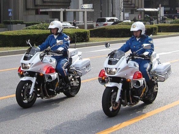 日本の警察頭おかしすぎワロタwwwwwww