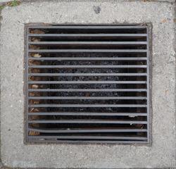 GROUND-STREET-drain-grate-002