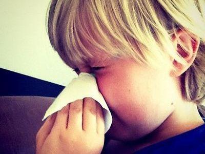 ガチで鼻が詰まって寝れないんだが