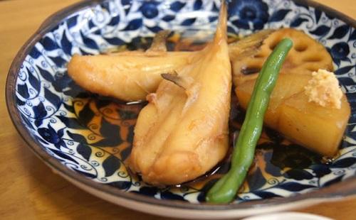 福岡の一家で70代の男性が家族調理のフグ食べて死亡、家族には症状なし ←あっ・・・