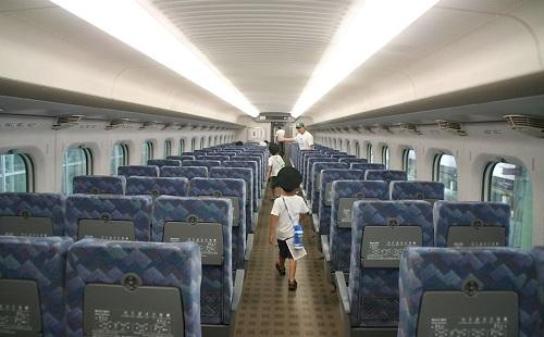 新幹線の自由席で座れなかったんだが?