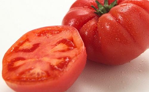 おまえらトマトってどうやって食べてる?