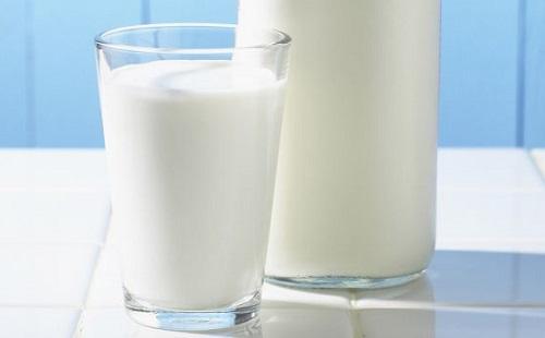 俺「ホットミルクってなんだか美味しそうだな、よし牛乳温めて飲もう」チーン