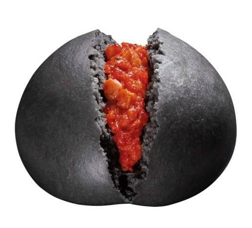 【グロ注意】サークルKで「激辛チリトマトまん」発売!!!(画像あり)