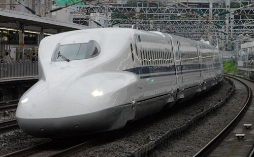 新幹線に乗る時のワクワク感は異常wwwwwww