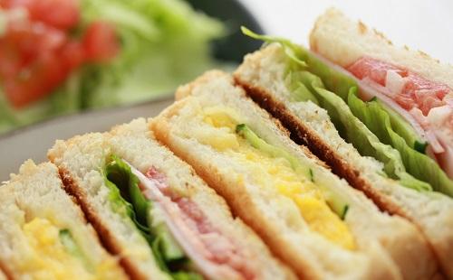 サンドイッチってコスパ悪すぎじゃね