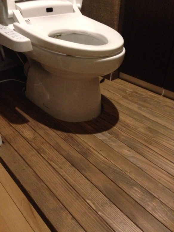 トイレを改造してみたから見てくれwwwwwww (画像あり)