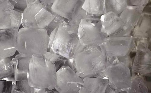 ファーストフードで「氷抜きで」とか言っちゃう奴wwwww
