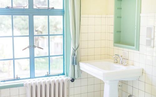 【めちゃシコ】親戚の女の子が風呂に入ってるときに凸した結果wwwwwww