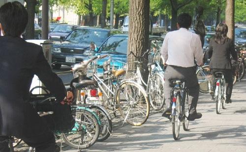 自転車通勤の時間が2時間なんだけど質問ある??