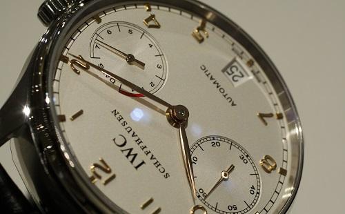 高級腕時計を無理して買った結果wwwwwww