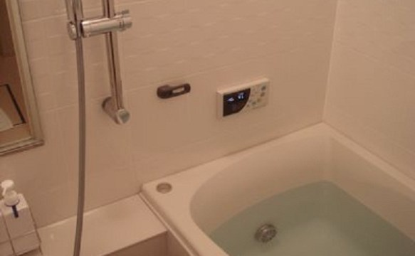 iPhone5になってから防水機能付いたから風呂が楽しみだはwwwwwww