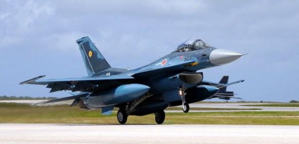 【画像】航空自衛隊の戦闘機格好良過ぎだろ…