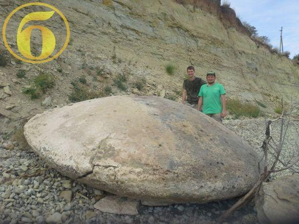 直径4メートル…100万年前のUFOの化石を発掘 ロシア(画像あり)