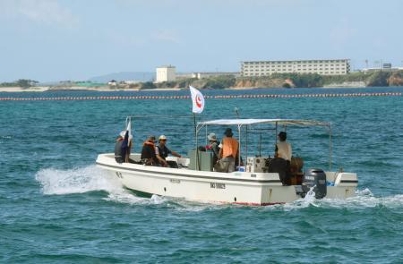 翁長知事、サンゴ損傷あれば許可取り消す方針 県が辺野古潜水調査を開始