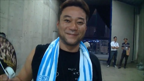 【速報】よしりん、戸賀崎のハーブ吸引を批判!
