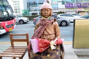 文在寅、慰安婦問題でジレンマ…日本との連携優先に批判