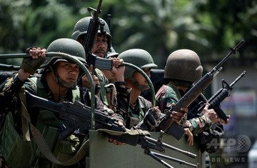 ドゥテルテ大統領「米軍はミンダナオ島から出て行け!」→「ISISに占拠された!アメリカ様助けて!!」