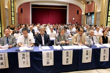 「安倍政権の暴走を止めないといけない」…SEALDsが脱原発集会に合流