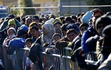 【オーストリア】酒場経営者「迷惑行為ばかり行うので難民入店禁止」 → 人権団体から批判殺到