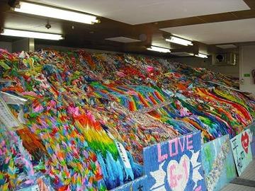 広島に送られる千羽鶴、税金1億円かけて焼却されていた…平和を願う象徴が皮肉なことにゴミを生み出しているという現実