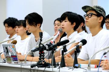 友人「解散して今後どうするの?というか就職は?」 SEALDs「むしろ自分はどうしたいか考えて欲しい」 友人「(駄目だこいつ…)」