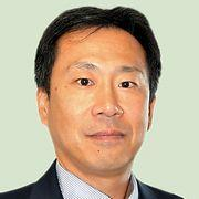 朝日新聞「独裁者を革命的に非暴力で引きずり下ろした韓国。今の日本は北朝鮮化している」