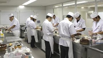 寿司学校卒業11か月でミシュラン掲載…若手「寿司屋なんて3カ月あれば出来る、修行は無意味」