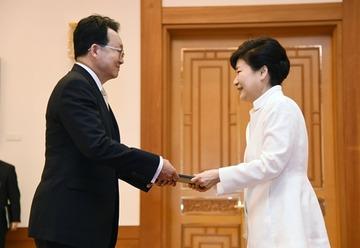 韓国大使「互いに役立つので日韓スワップ再開してやってもいい」