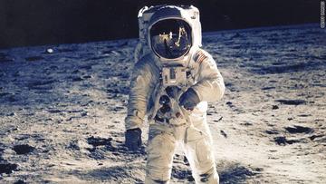 【研究】宇宙に1年間滞在した宇宙飛行士、一卵性双生児と遺伝子が一致しなくなる