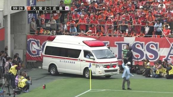 【画像】 Jリーグ 大宮vs広島で 大事故