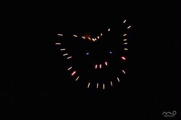 【画像】ピカチュウの花火が微妙すぎると話題に