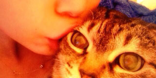 しょこたんの猫が完全に悟ってる件wwwwwwwww