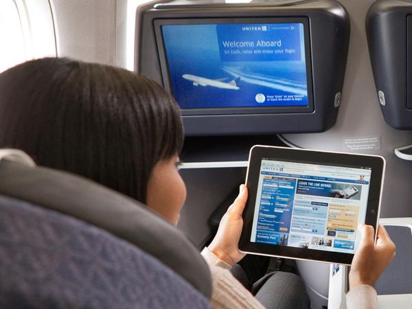 ユナイテッド航空_衛星Wi-Fi搭載キャビン