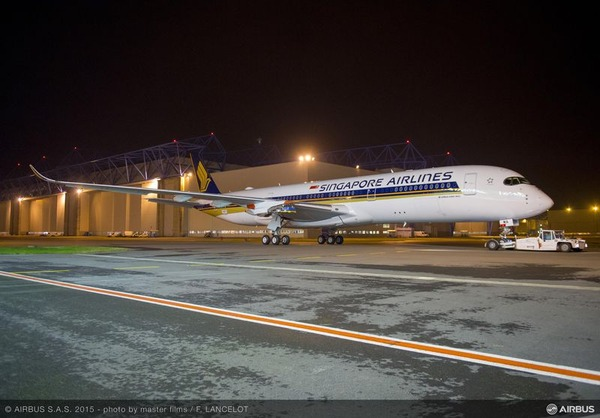 800x600_1444815232_A350_XWB_Singapore_Airlines_paint_completed