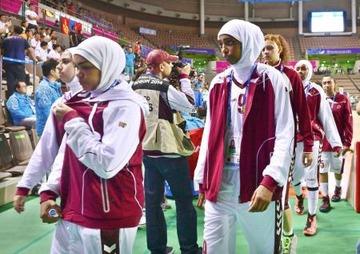 【韓国】「ヒジャブ」着用禁止でカタール代表が試合放棄、イスラム教徒激怒で国際問題に発展か