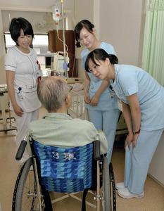 本国で資格取り、日本で看護師に…8割が中国人