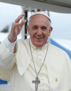 ローマ法王「他者の信仰をもてあそんではならない」 フランス週刊紙の銃撃事件をめぐり