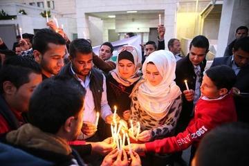 朝日新聞記者「後藤さん追悼集会に集まったヨルダン人は政府主導のサクラだと思う。厭な味が舌に残った」