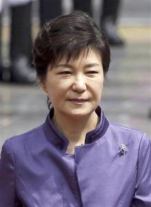 【韓国】パククネ大統領、支持率最低更新で30% 不支持率60%
