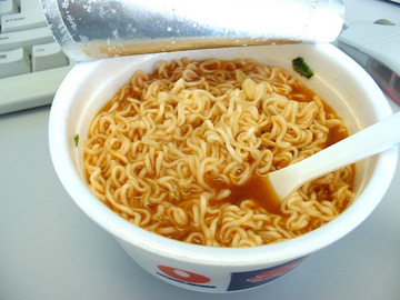外国人「インスタントラーメンは日本食だから身体にいいと思っていた」