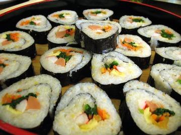 【話題】日本人が好きな韓国大衆料理、第1位は「キムパプ」