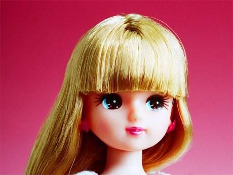 【とばっちり】リカちゃん「センター試験ね!皆、頑張って!」→ センター国語にリカちゃん人形が登場→ 解けなかった受験生「殺すぞ」などとブチ切れwwwwww