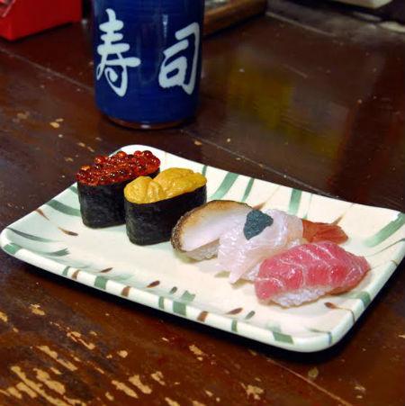 リアルなお寿司の食品サンプルがカプセルトイに登場!