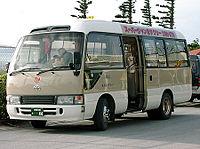 石川県の中学校野球部員を乗せたマイクロバスとワゴン車が正面衝突し、中学生1人が死亡