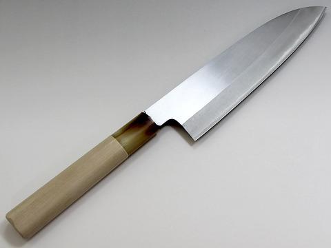 神戸市で男女3人が刃物で襲われて死亡し、現場近くで26歳男が銃刀法違反容疑で逮捕!