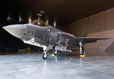 F-35A初号機