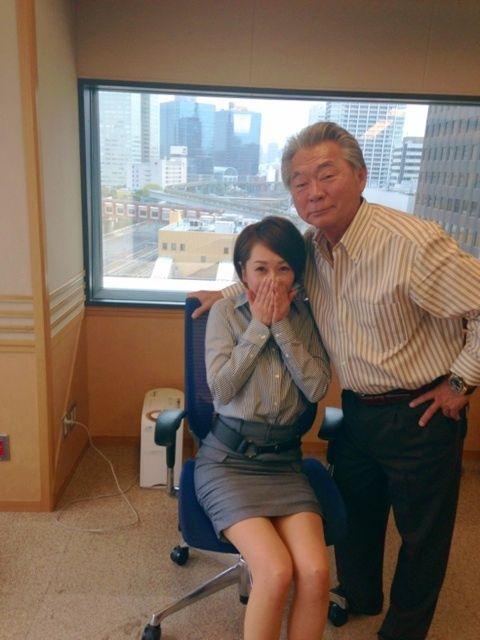 みのもんたが、ラジオのアシスタント南波糸江アナを触りすぎていると話題(画像あり)