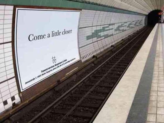 海外の葬儀屋の広告不謹慎すぎてわろたwwww
