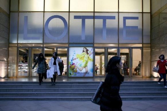 【速報】 米ゴールドマン、韓国のデパートや店舗などすべて売却